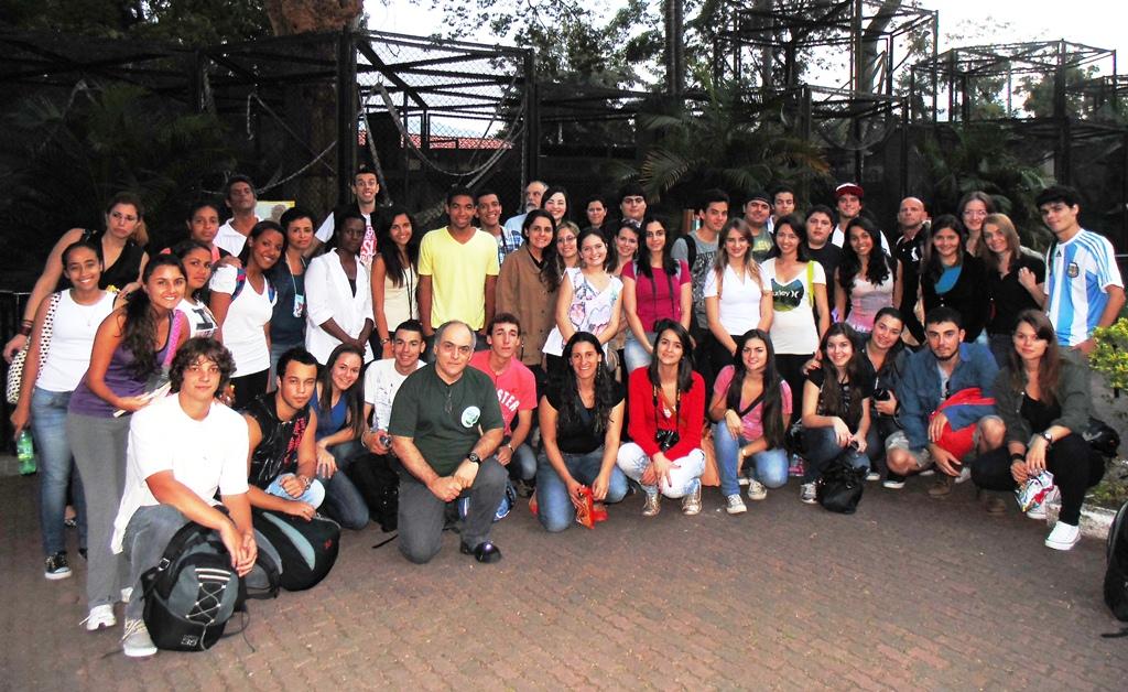 Estudantes do UNIFESO no zoológico mais antigo do Brasil