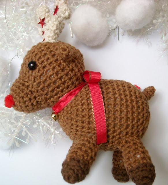 Free Crochet Amigurumi Cat Pattern : Rentier Amigurumi // Reindeer Amigurumi