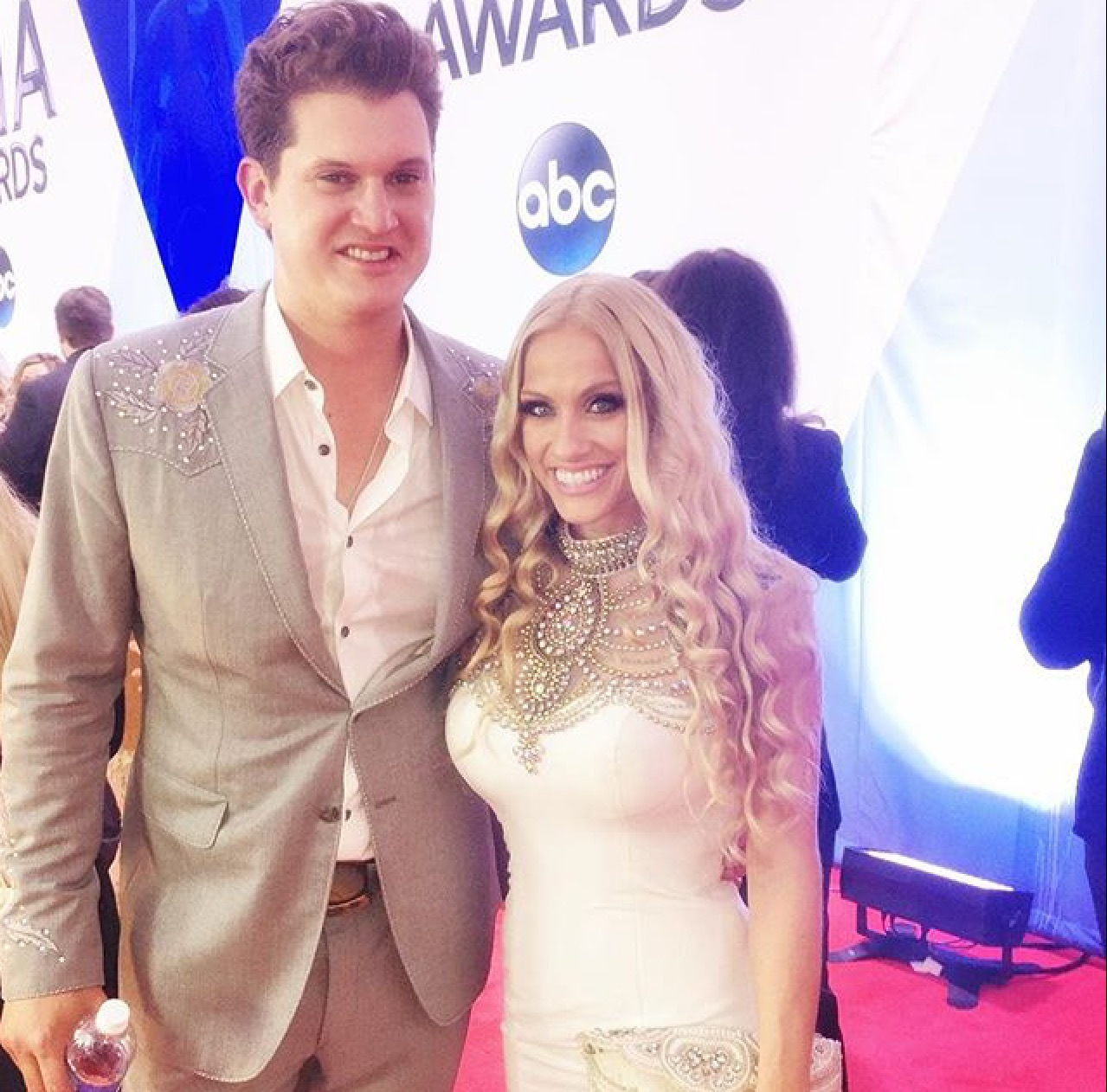 jennifer olympia bentley jon pardi