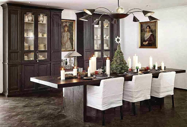 Świątecznie udekorowany stół w skandynawksije aranżacji