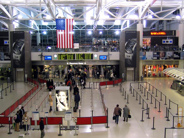 Latest digital info blog new york city airports for Jfk airport hotel inside terminal