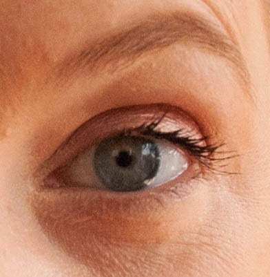 One coat of the L Oreal Butterfly mascara. Length and volume, but also clumping