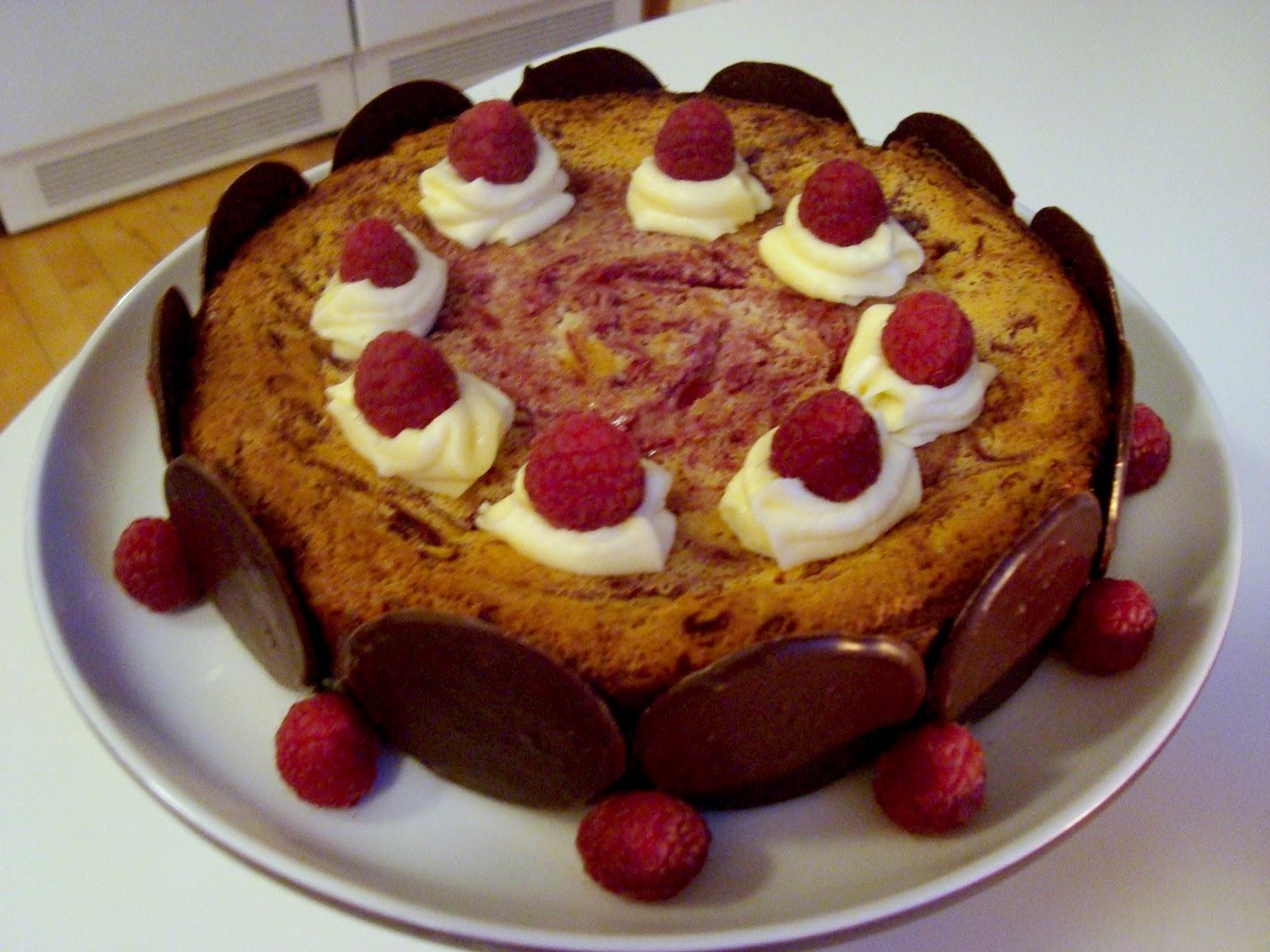 ONE BLONDE BRIT: White Chocolate Raspberry Cheesecake