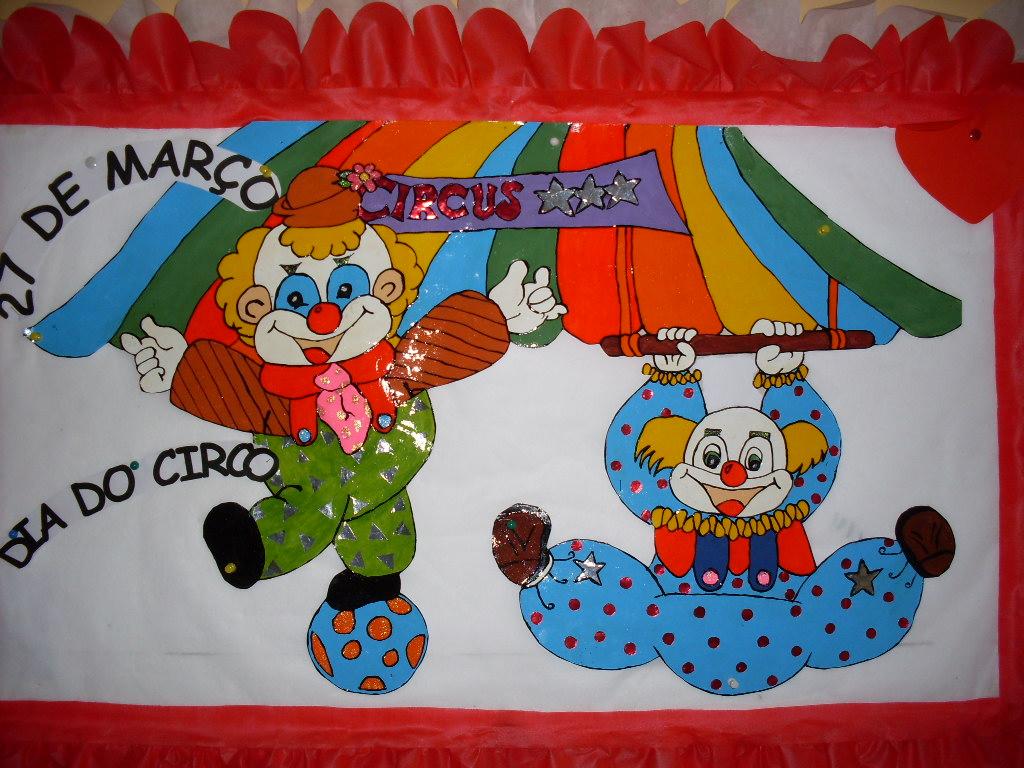 Circo a divina com dia mural did tico for Mural dos sonhos o segredo