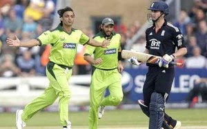 Shoaib Akhtar announces retirement, World's fastest bowler, fastest bowler in the world 2011