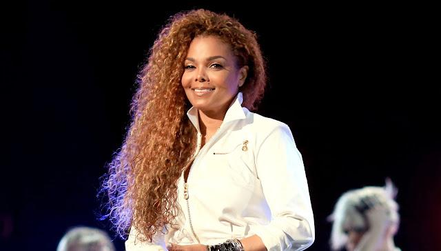 Janet Jackson pospone gira debido a cirugía.