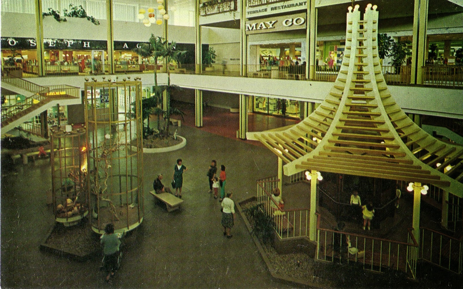 reviews of Louis Vuitton Topanga Plaza