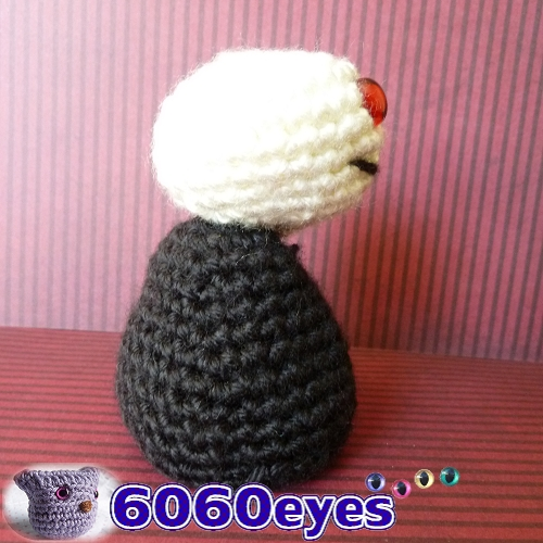 6060eyes.com: Crochet Zombie dolls