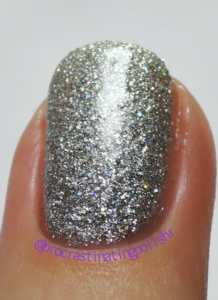 Mckfresh Nail Attire - Silver Pearl Sand