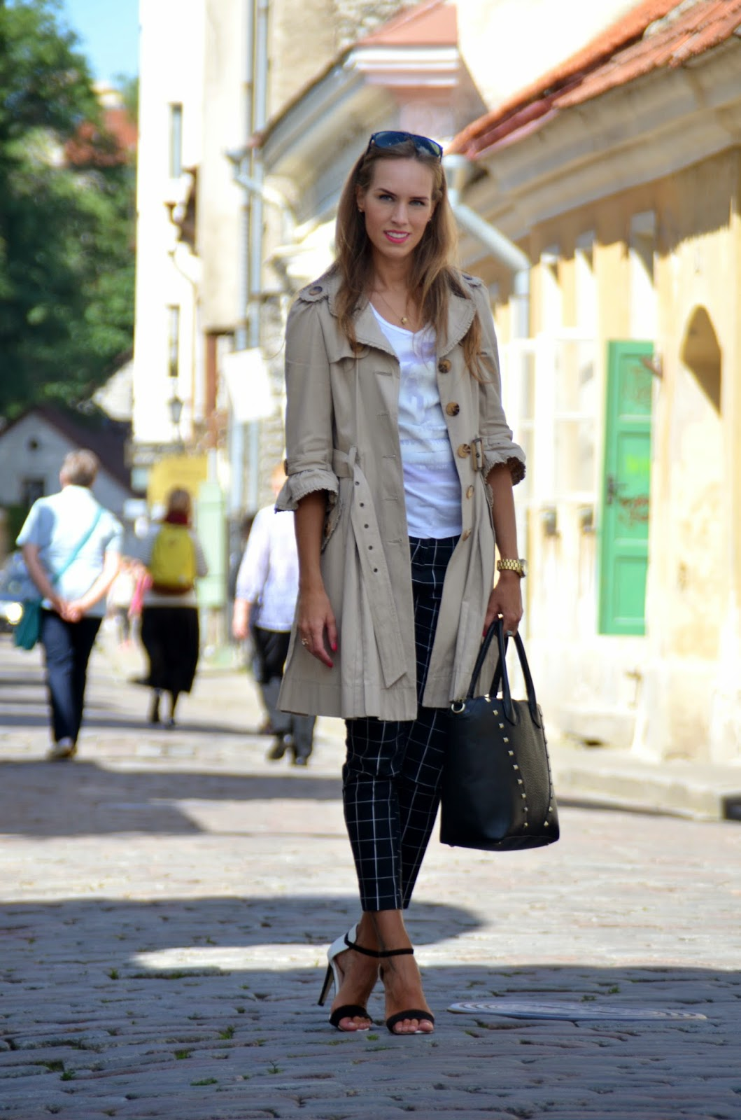 oldtown outfit heels pants coat