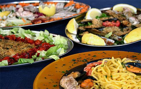 Parco Adda: La Terrazza sull\'Adda, il ristorante in riva al fiume