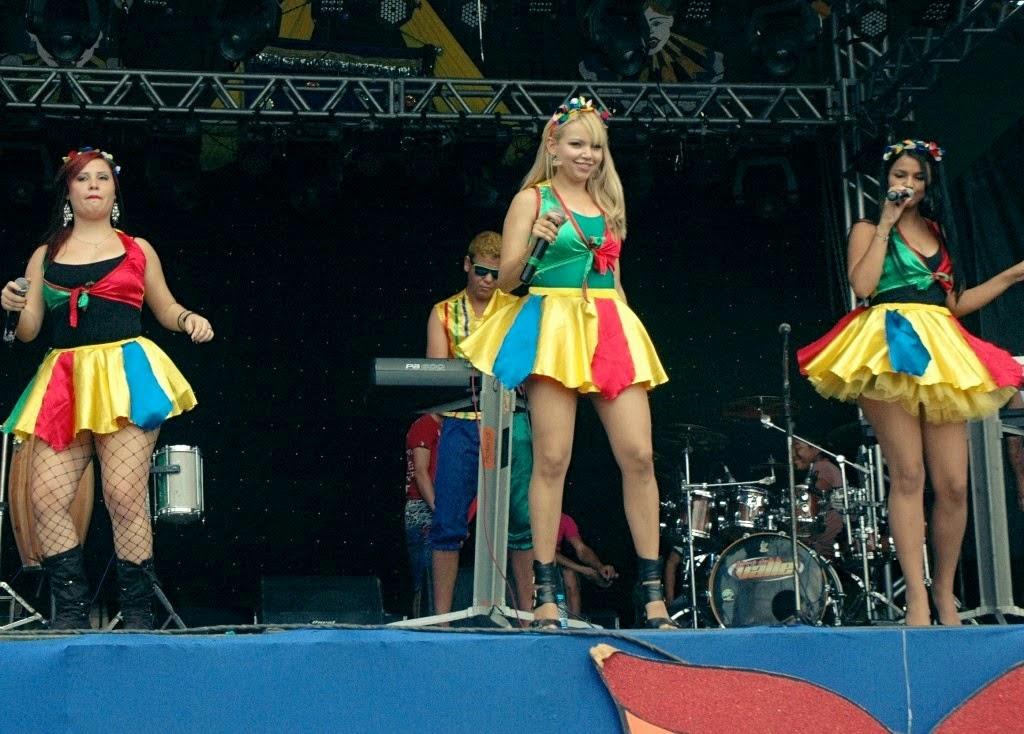 Carnaval de São João do Tigre foi encerrado com Bonde das Tandinhas e Forró do Valle
