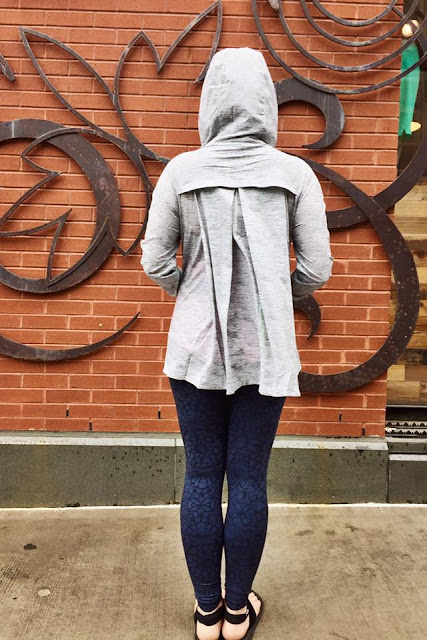 lululemon-sun-showers-jacket gray