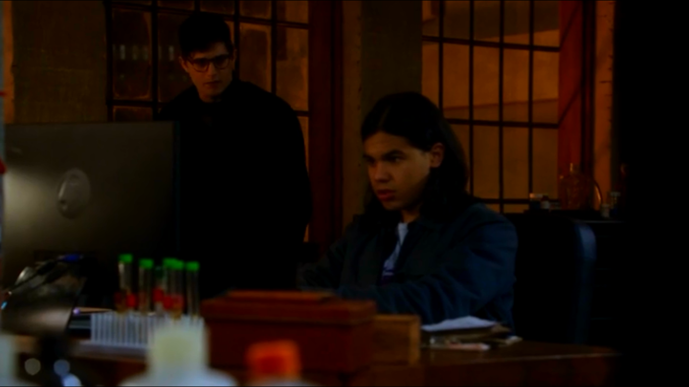 the flash 1x12 hartley