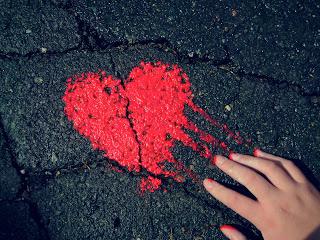 Pavement Heart Love 1600x1200 HD Wallpaper