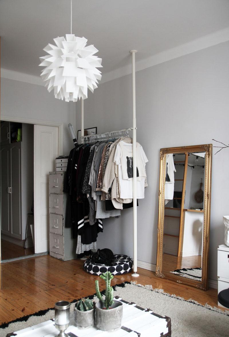 Vestidor en blanco y negro