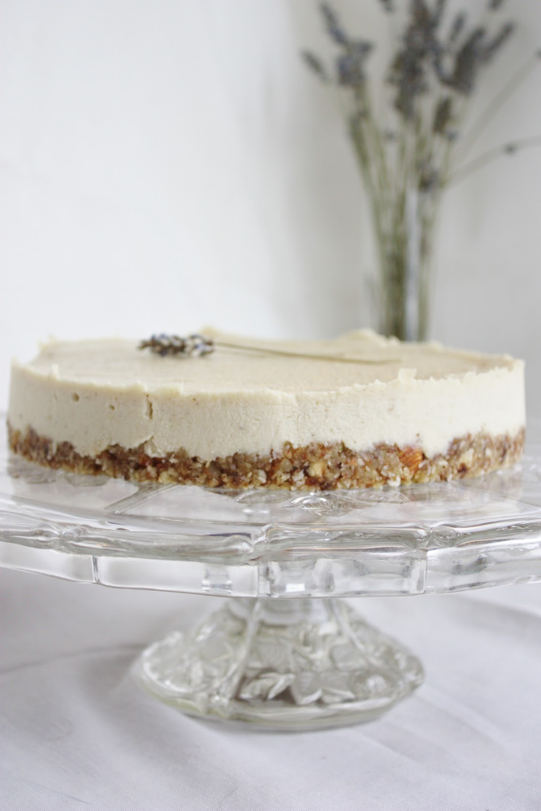 Lavender & Lemon Cheesecake: makes 1 cheesecake
