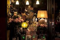 Tus regalos en Paseo del Salón, 2. 18009 Granada - Tlf.958228736
