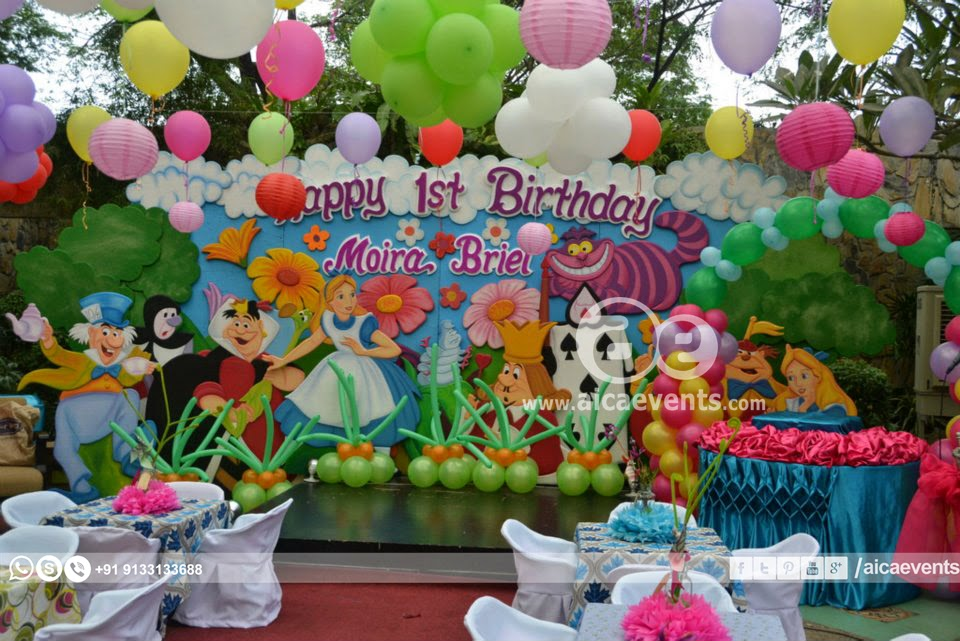 Aicaevents india wonderland theme decorations for Alice in wonderland birthday decoration ideas