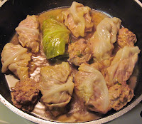 cooking cabbage rolls in broth