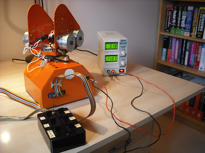 Armdroid connected to bench power supply