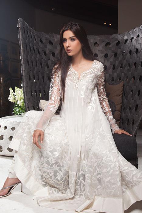 Pakistani dresses in white colour