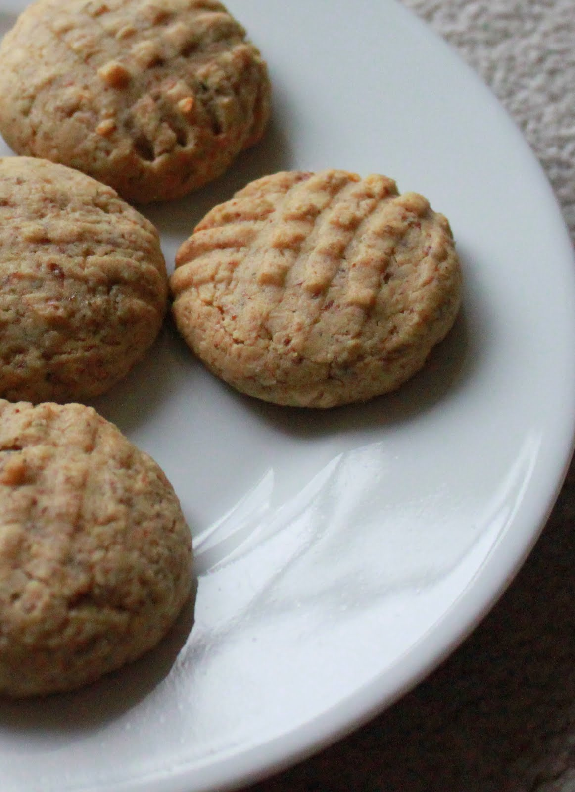 almond butter cookies yes they are almond butter cookies with a hint ...