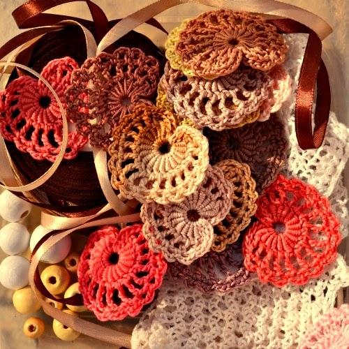 Corazones tejidos al crochet - con diagrama