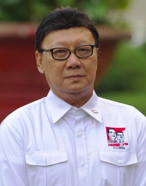 Profil dan Biografi Tjahjo Kumolo - Menteri Dalam Negeri Asal Surokarto, Solo