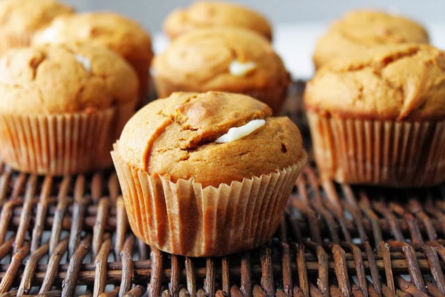 pumpkin cream cheese muffins yield 12 muffins cream cheese filling