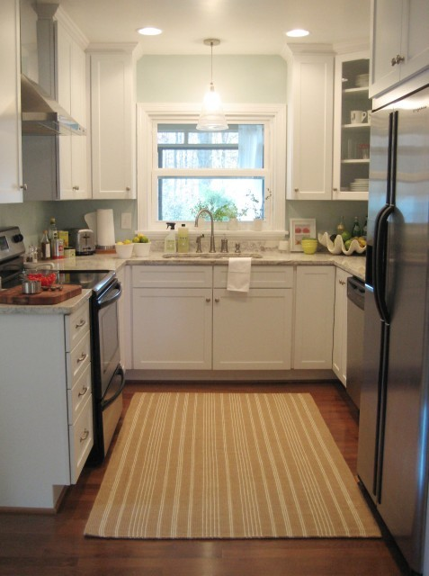 Cute Ways to Fix Kitchen Curtains | eHow.com