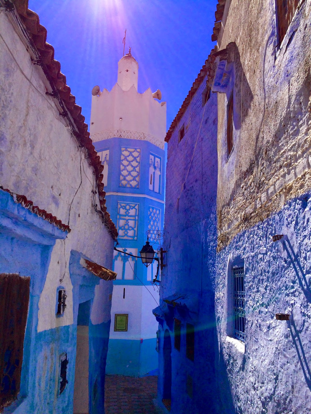 beautiful chefchaouen blue city morocco
