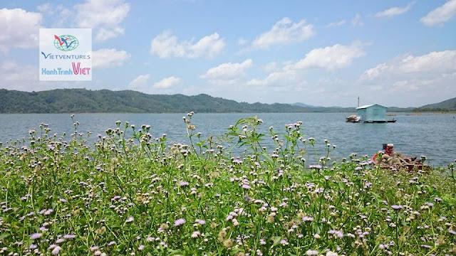 Đường xuống Hồ Đa Tôn, Tân Phú, Đồng Nai