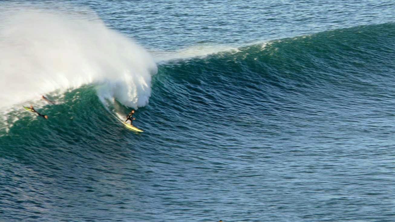 surfing menakoz 21