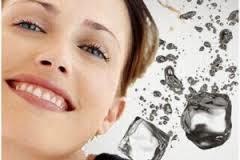 Manfaat Es Batu – untuk Bibir, Kecantikan Kulit dan penghilang Capek