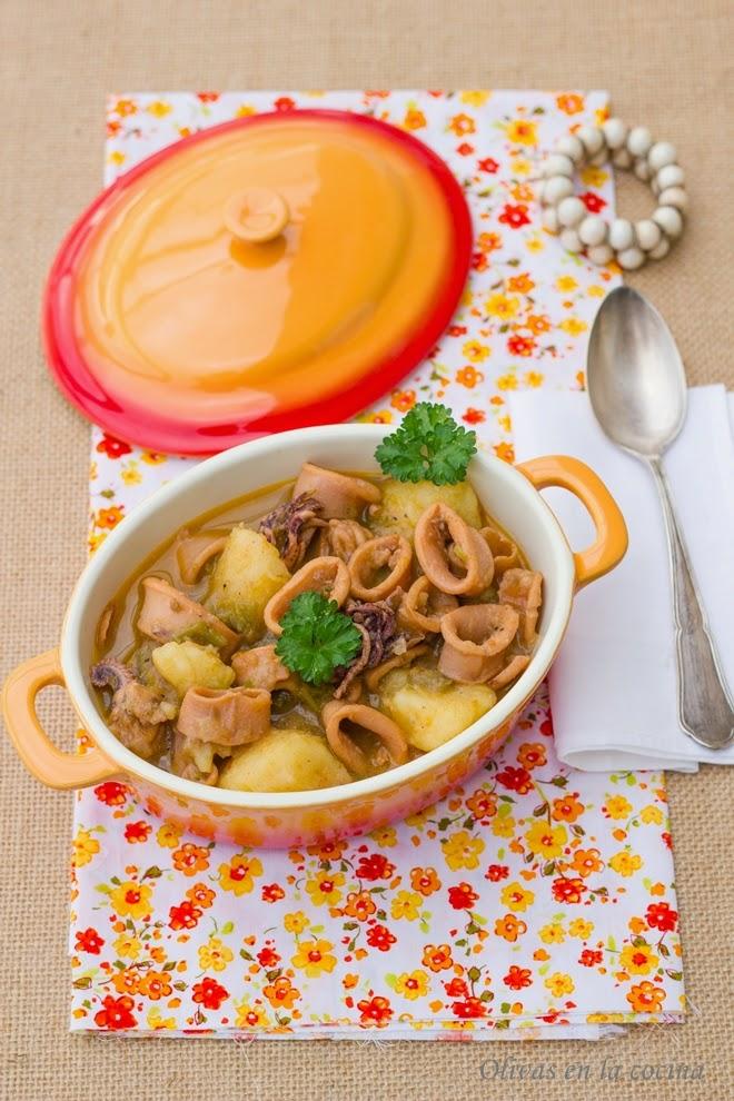 Cazuela de calamares con patatas