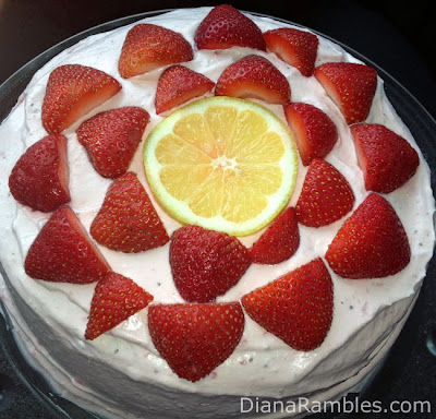 Diana Rambles: Lemon Ice Cream & Strawberry Cream Cake