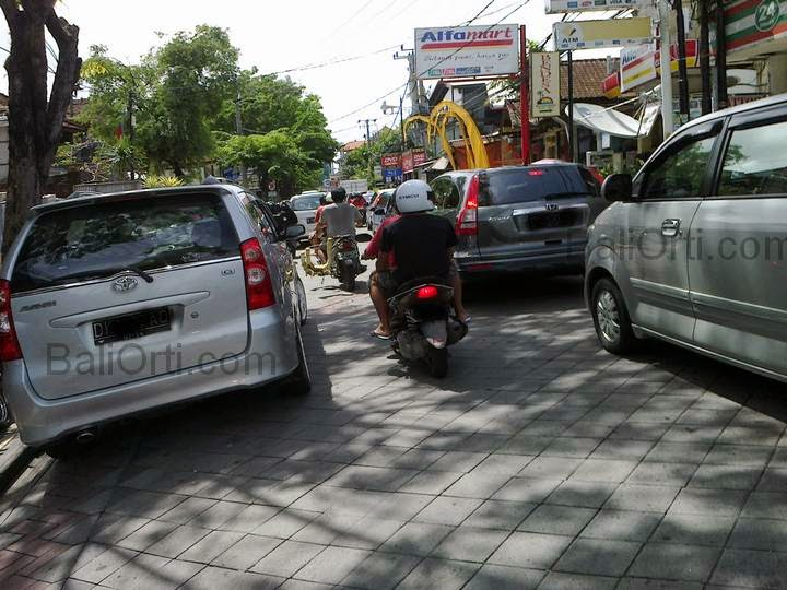 Traffic congestion most complaints by foreign tourists while in Bali