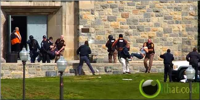 Pembantaian Virginia Tech