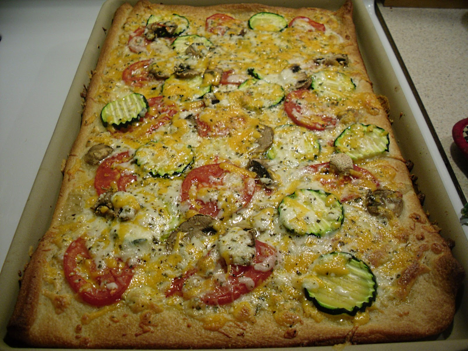 Comfy Cuisine: Three Cheese Garden Pizza
