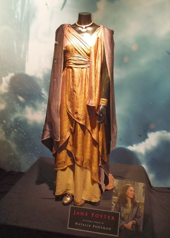 Natalie Portman Jane Foster Asgard costume Thor 2