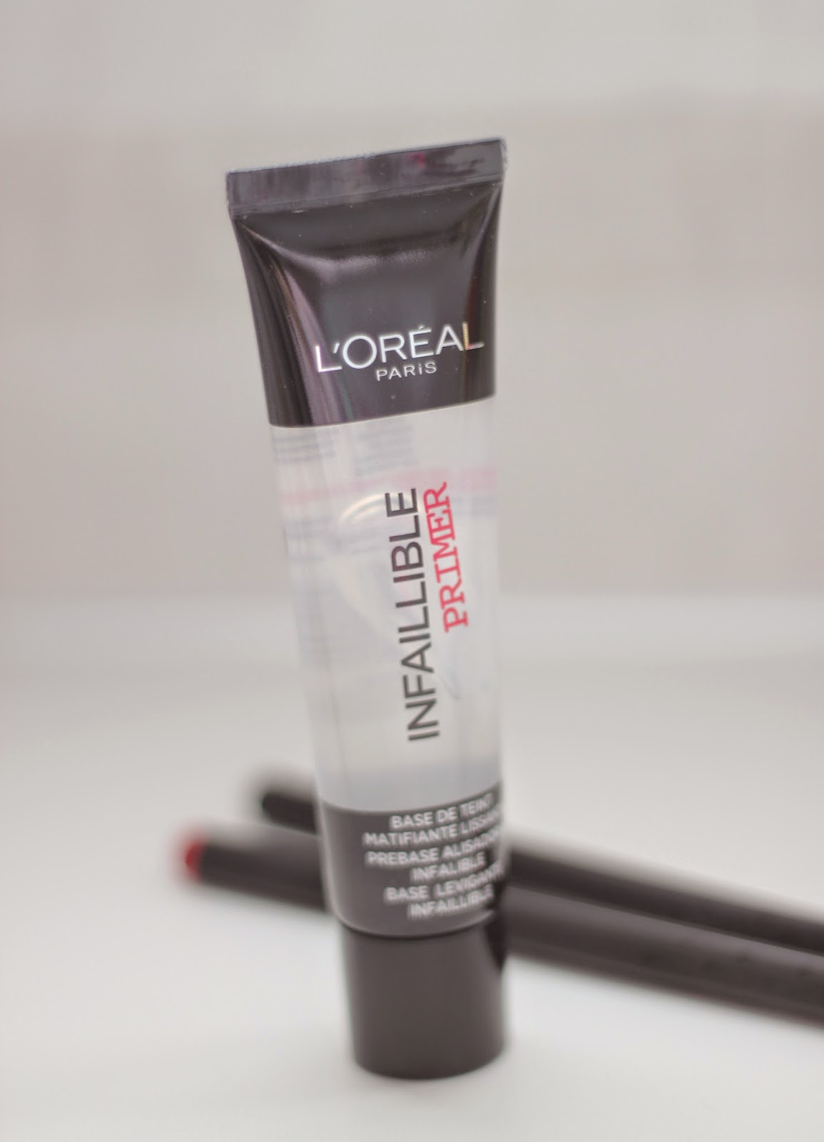 photo-l'oreal_paris-infalible_24h-prebase-maquillaje_mate