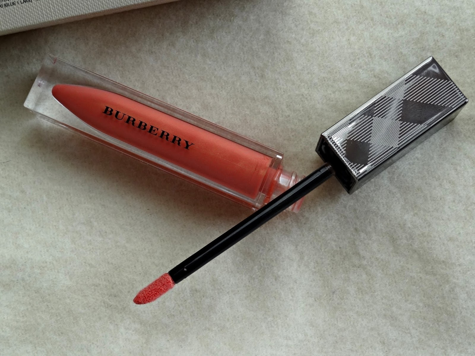Burberry Beauty Cameo Lip Glow