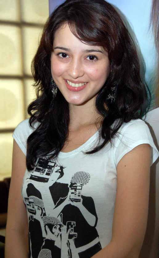 meryem uzerli top 10 list of most beautiful indonesian