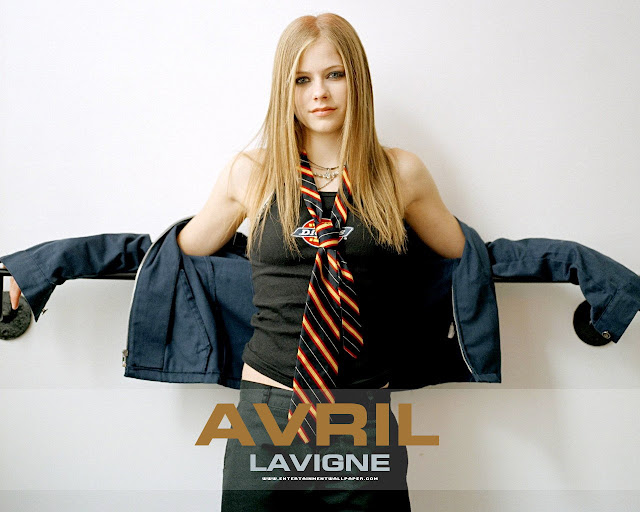 Avril Lavigne Wiki and Pics