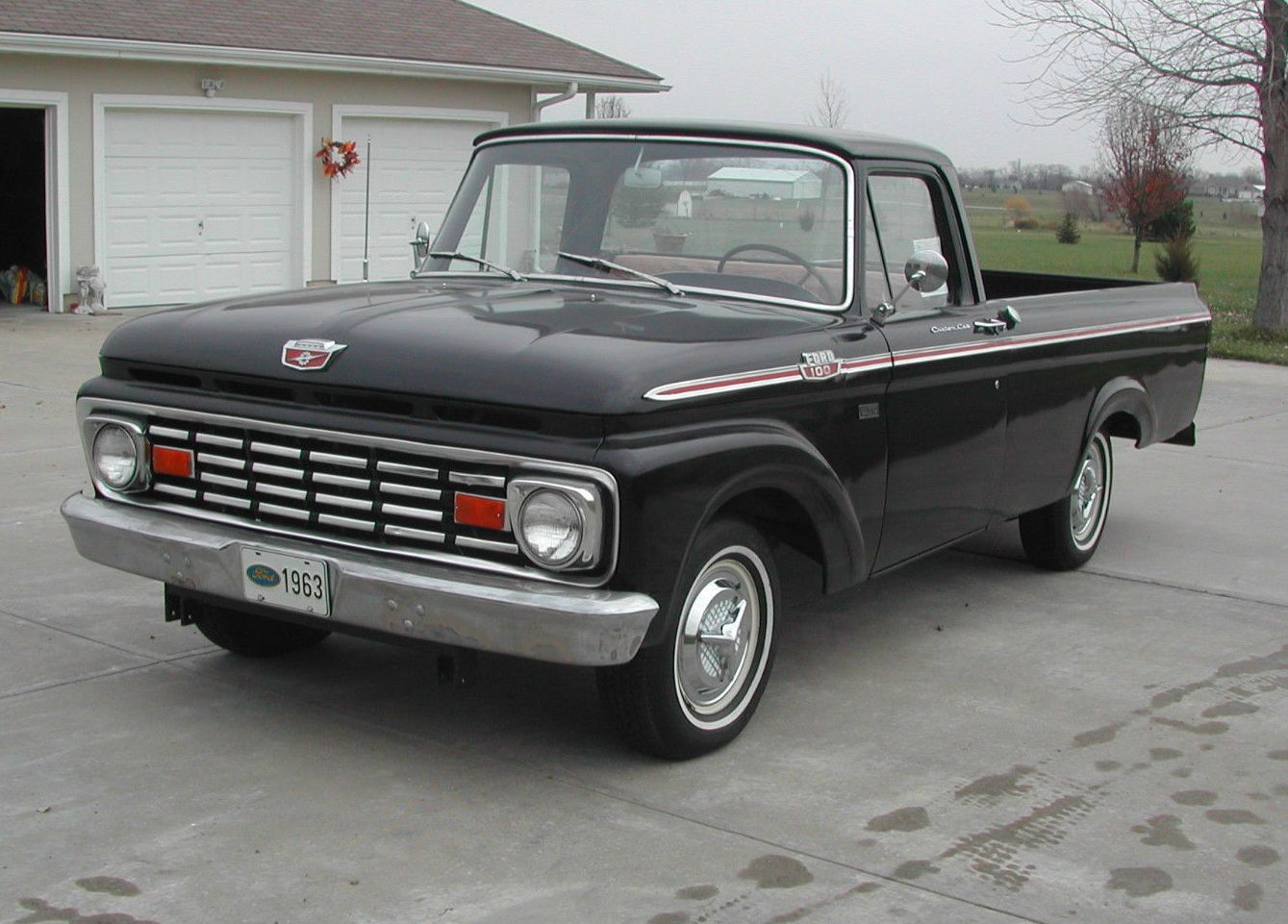 all american classic cars 1963 ford f100 custom cab pickup truck. Black Bedroom Furniture Sets. Home Design Ideas