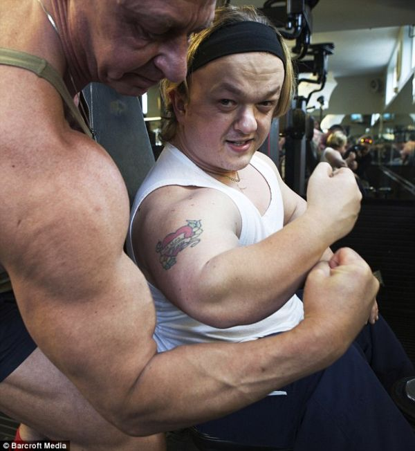 Dwarf Bodybuilder Funny Photos Funny Online 2 Now