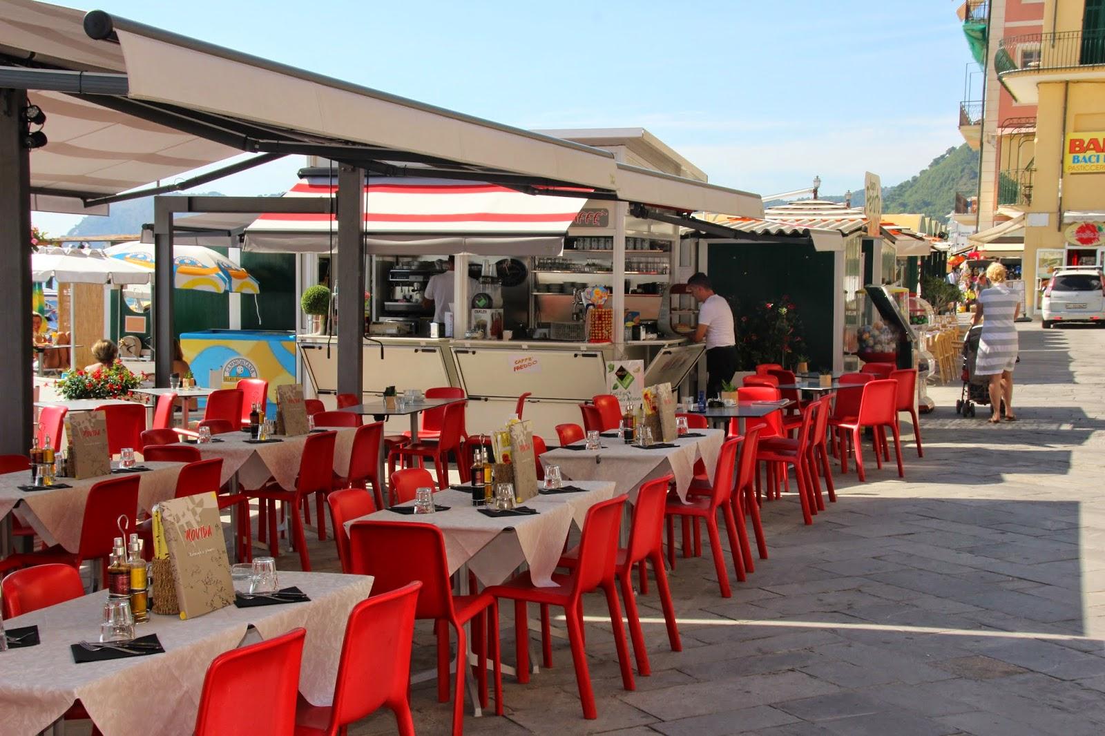 www.italiaansebloemenriviera.nl Vakantie 2015: Italiaanse bloemenrivièra (Bekijk het grootste aanbod accommodaties in de Ligurië: vakantiehuizen, appartementen, bungalows, villa's, Agriturismo, vakantieparken, vakantiewoningen