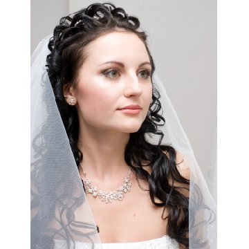 Fantastic Wedding Hairstyles For Long Curly Hair