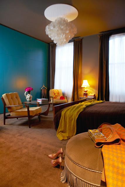 Einrichtung mit Design und Farbe in London - so geht lässige Gemütlichkeit im 1960er Jahre Stil: Schlafzimmer